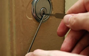 Door locks Sandwell